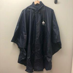 Tokyo Disneyland navy blue rain poncho OS w/hood